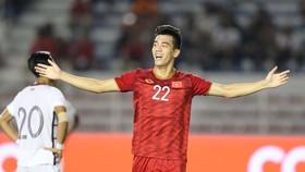 """Tiến Linh đã """"xé"""" lưới UAE trong trận lượt đi. Ảnh: DŨNG PHƯƠNG"""