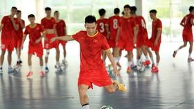 Đội tuyển trong buổi tạp tại Hà Nội ngày 15-8