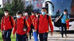 Đội tuyển futsal Việt Nam đến sân tập