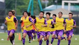U22 Việt Nam vừa bổ sung 5 cầu thủ sang ĐTQG và loại 4 cầu thủ
