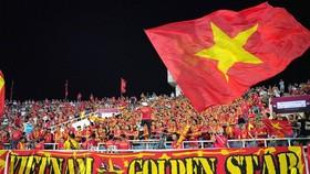 CĐV Việt Nam trên sân Mỹ Đình