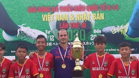 Kesley Huynh Alves gia nhập BHL CLB B.Bình Dương