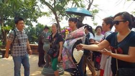 """Khánh Hòa: 66 người Trung Quốc hoạt động du lịch """"chui"""" bị trục xuất"""