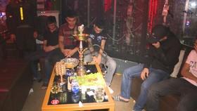 Đột kích quán bar, karaoke phát hiện gần 90 thanh niên phê ma túy