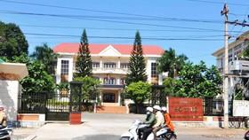 Khởi tố, bắt tạm giam nguyên Giám đốc Sở Y tế Đắk Lắk cùng 9 cán bộ liên quan