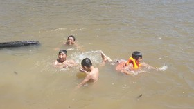 3 học sinh đuối nước thương tâm