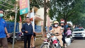 Đắk Lắk: CSGT hỗ trợ kịp thời một thí sinh quên thẻ dự thi
