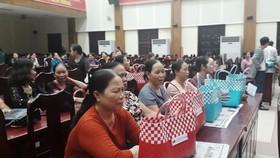 Tặng 1.000 giỏ đi chợ thân thiện với môi trường cho phụ nữ Đà Nẵng