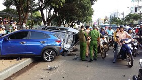 Xe ô tô tông liên hoàn, 5 người bị thương
