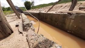Kiểm tra thông tin công trình thủy lợi hơn trăm tỷ chưa nghiệm thu đã tan nát