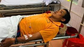 Một trong ba nạn nhân bị thương phải nhập viện