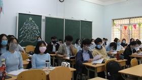 Riêng học sinh, học viên lớp 12 các trường THPT, trường phổ thông nhiều cấp học, trung tâm GDTX trên địa bàn đi học bình thường