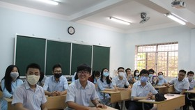 Sau 1 tuần đi học, học sinh lớp 12 tiếp tục được nghỉ đến hết 15-3