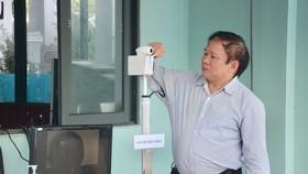 GS.TSKH Bùi Văn Ga, nguyên Thứ trưởng Bộ Giáo dục và Đào tạo cho biết muốn chuyển giao công nghệ cho bất ai có khả năng chế tạo