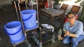 """Nhận thấy nhiều người dân còn đối mặt với tình trạng nhiễm phèn, nguồn nước ngầm không đảm bảo, TS Thùy đã nghĩ ra đề tài """"thiết bị lọc nước ngầm đa tầng"""""""