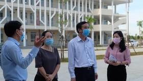 UBND TP Đà Nẵng kiểm tra công tác chuẩn bị cho học sinh đi học trở lại tại trường THPT Nguyễn Văn Thoại
