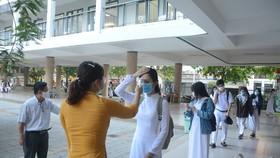Học sinh Đà Nẵng đi học trở lại sau thời gian giãn cách do Covid-19