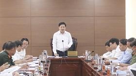 Ông Lương Nguyễn Minh Triết, Chủ tịch Ủy ban bầu cử TP Đà Nẵng phát biểu tại cuộc họp