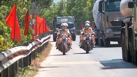 Lực lượng Cảnh sát giao thông - trật tự Công an huyện Hòa Vang ra quân bảo đảm an toàn giao thông, an ninh trật tự trong dịp bầu cử
