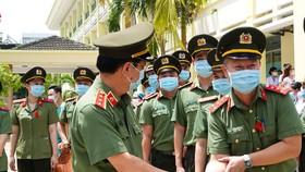 Đà Nẵng: Nhiều lực lượng chi viện các tỉnh phía Nam chống dịch Covid-19