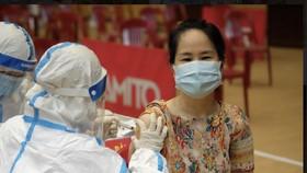Ngành y tế và địa phương cần lưu ý tiêm vaccine đối với phụ nữ mang thai, người cao tuổi có bệnh nền