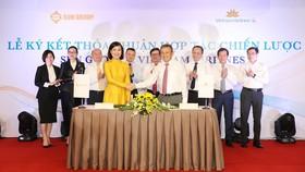 Vietnam Airlines và Sun Group ký kết thỏa thuận hợp tác chiến lược