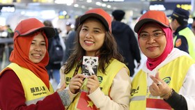 Lao động Việt Nam tại Đài Loan tình nguyện phục vụ hoạt động đón năm mới 2020