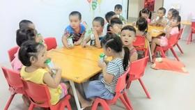 Chương trình sữa học đường: Khắc phục những bất cập