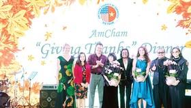 Tiệc tối của AmCham Việt Nam tôn vinh hoạt động vì cộng đồng