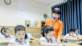 Dạy và học lớp 1 tại Trường Lê Đức Thọ, Gò Vấp, TPHCM. Ảnh: HOÀNG HÙNG