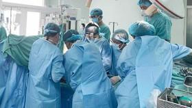 Vụ giáo viên tử vong sau khi mổ xương đùi: Bệnh nhân bị sốc nhiễm trùng, suy đa cơ quan