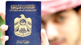 Cư dân nước ngoài chiếm hơn 80% dân số UAE và trong nhiều thập niên đã trở thành trụ cột của nền kinh tế nước này