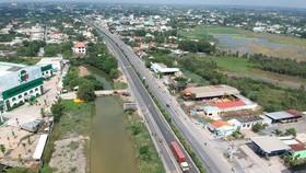 Nên phát triển đô thị theo 2 hướng chính: Đông và Tây Bắc