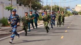 """Đồn Biên phòng Cần Thạnh tổ chức """"Ngày chạy thể thao quân sự"""" 2021"""