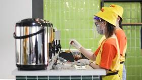 Ngành hàng đồ uống đã khởi động trở lại để phục vụ khách hàng TPHCM