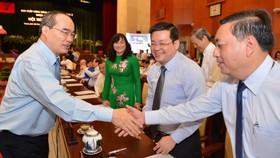 """Bí thư Thành ủy TPHCM Nguyễn Thiện Nhân bàn """"Vốn ở đâu để đầu tư phát triển TP?"""""""