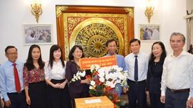 Phó Chủ tịch nước Đặng Thị Ngọc Thịnh chúc mừng Giáng sinh Hiệp sĩ Đại Thánh giá Lê Đức Thịnh