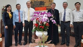 Đồng bào Công giáo luôn đoàn kết vượt qua mọi khó khăn