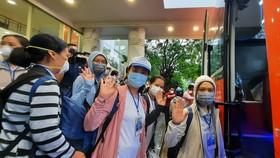 Các nữ tu Tu viện Mến Thánh giá Gò Vấp lên đường làm nhiệm vụ