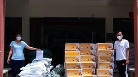 Hơn 1.000 phần quà hỗ trợ công nhân lao động trong các khu trọ