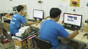 Người lao động nhiều ngành nghề bị ảnh hưởng dịch Covid-19 cần được sự hỗ trợ