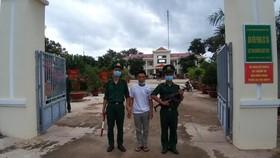 Đối tượng Nguyễn Thanh Tâm bị lực lượng chức năng bắt giữ. Ảnh: LÂM ANH
