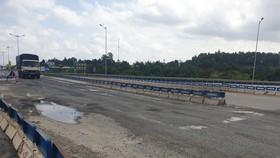 Cao tốc Đà Nẵng – Quảng Ngãi tiếp tục hư hỏng