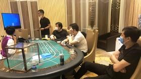 Nhóm người nước ngoài thuê resort ở Đà Nẵng tổ chức đánh bạc