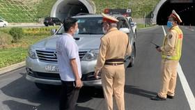 Ô tô chở người rời Đà Nẵng về Quảng Bình, Ninh Bình không đúng quy định