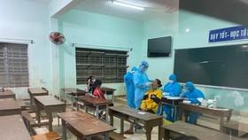 Quảng Nam: 17 học sinh và 1 cô giáo tại huyện miền núi Phước Sơn mắc Covid-19