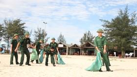 """Ra quân chiến dịch """"Hãy làm sạch biển"""" năm 2020 tỉnh Quảng Trị"""
