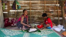 Một gia đình thuộc diện hộ nghèo tại thôn Sa Trầm.