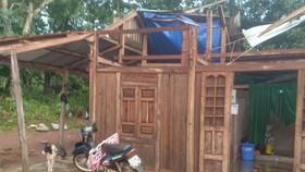Dông lốc làm tốc mái hàng chục nhà dân ở Quảng Trị