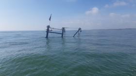 Quảng Trị: Tàu đánh cá bốc cháy trên biển, 5 thuyền viên thoát nạn